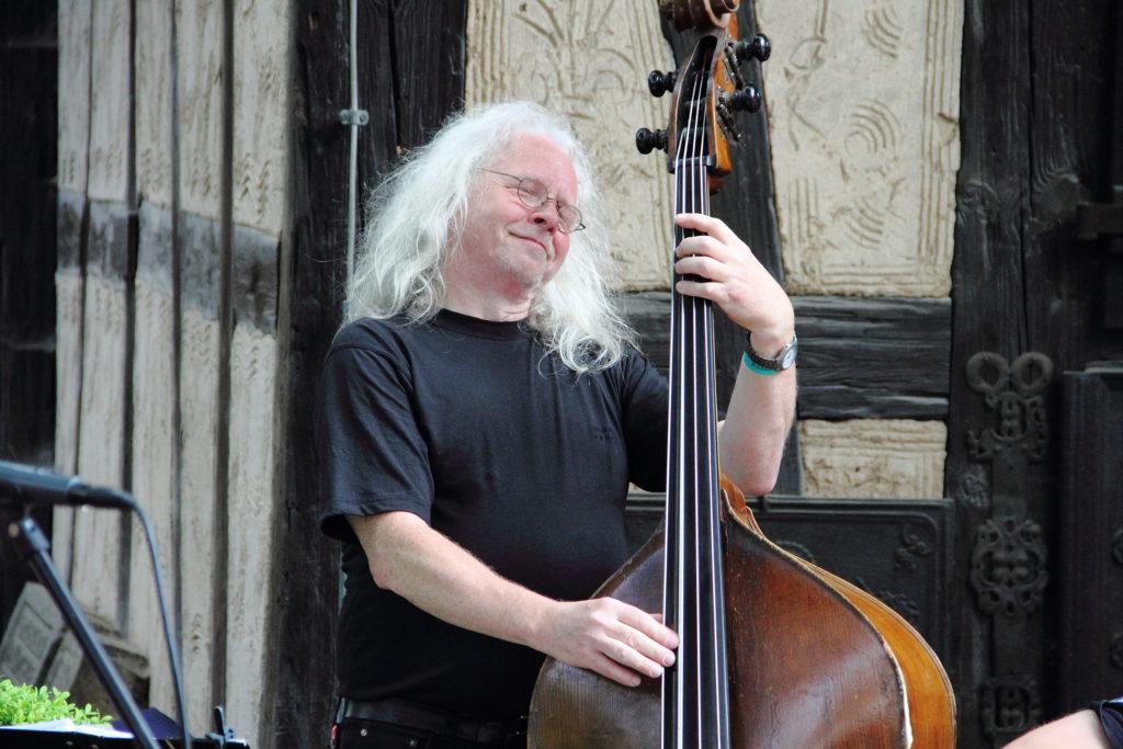 Straßenmusik mit Buckley´s Chance im Museum Bauernäuser